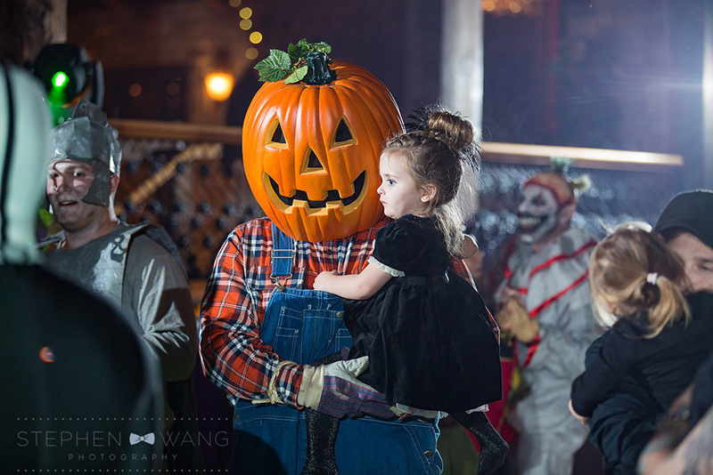 halloween_wedding_bill_millpers_castle_stephen_wang_photo41