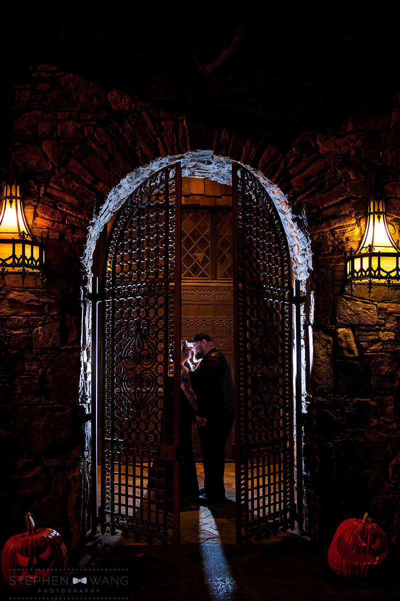 halloween_wedding_bill_millpers_castle_stephen_wang_photo136