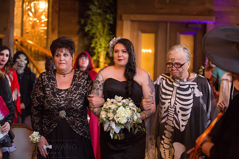 halloween_wedding_bill_millpers_castle_stephen_wang_photo32