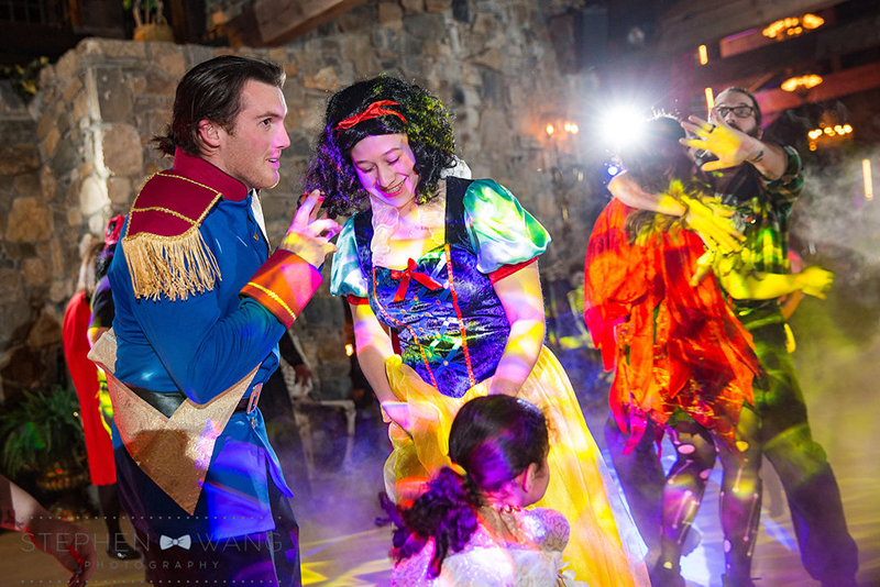 halloween_wedding_bill_millpers_castle_stephen_wang_photo46